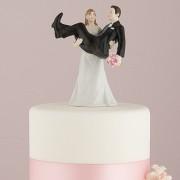 Figurina Tort Comica In Brate. COD F920