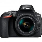 Nikon D5600 + 18-55mm VR