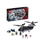 76162 Black Widow: Urmarirea cu elicopterul