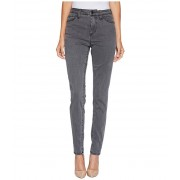 Jag Jeans Gwen High-Rise Skinny in Lush Sateen Washed Black