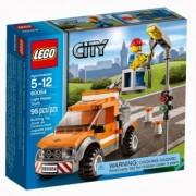 Lego City vozilo za popravke / light repair truck 60054