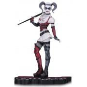 DC Comics Red, White & Black Statue Arkham Asylum Harley Quinn 18 cm