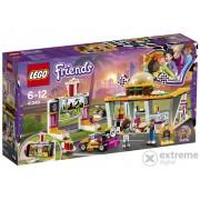 LEGO® Friends Heartlake Otvoreno kino za aute i restoran brze hrane 41349