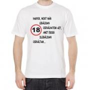 18 vagyok - Tréfás póló