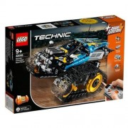 LEGO TECHNIC Remote-Controlled Stunt Racer