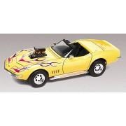 Revell 1/25 1968 Corvette Convertible 2'n1 Car Model Kit