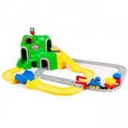 Детски игрален комплект - Пътища и ЖП линия - Little Tikes, 320026
