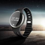 E07 Smart Bluetooth 4.0 Wristband IP67 водоустойчив смарт часовник - черен