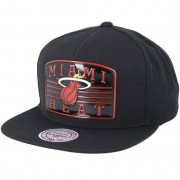 Mitchell & Ness Keps Miami Heat Weald Patch Black Snapback - Mitchell & Ness - Svart Snapback