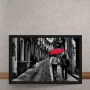 Quadro Decorativo Casal do Guarda Chuva Vermelho 25x35