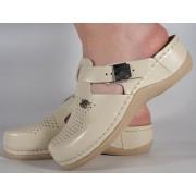 Saboti/Papuci bej din piele naturala (cod 900)