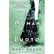 The Woman in the Photo, Paperback/Mary Hogan