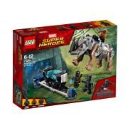 CONFRUTAREA CU RINOCERUL LANGA MINA - LEGO (76099)