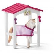 Schleich Horse Club Horse Stall mit Lusitano Mare Horse Toy Figure (42368)