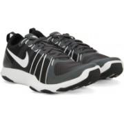 Nike FLEX TRAIN AVER Training & Gym Shoes For Men(White, Black)
