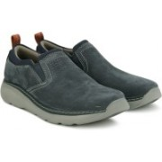 Clarks Charton Free Navy Nubuck Casual Shoes For Men(Multicolor)