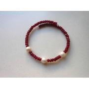 Brățară fixă din agat rubiniu fațetat și perle de cultură albe