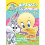 """Aventuri în culori cu Baby Looney Tunes. Albumul cu amintiri"""