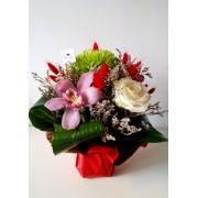 """Aranjament floral """"Mix de Flori"""""""