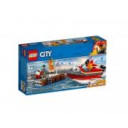 Set de constructie LEGO City Incendiul de la docuri