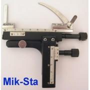Sistem cremalieră cu ajustare fină pentru microscoape mici