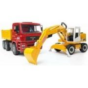 Camion MAN cu excavator Liebherr