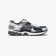 Nike Zoom Vomero 5 Se Sp In Grey - Size 40