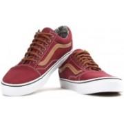 Vans OLD SKOOL Men Sneakers For Men(Maroon)