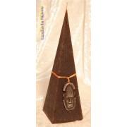 Designkaarsen com Masker Kaars Piramide, 23 cm - kaarsen