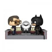 Pop! Vinyl Batman with Light Up Bat Signal Pop! Movie Moment