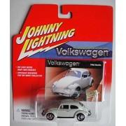 Johnny Lightning Volkswagen light gray 1966 beetle