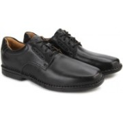 Clarks Uncorner Plain Black Leather Sneakers For Men(Black)