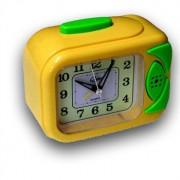 Камера скрита в аналогов детски часовник