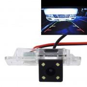 720 × 540 effectieve pixels 50HZ PAL / NTSC 60HZ CMOS II waterdicht auto Rear View back-up Camera met 4 LED-lampen voor 2008-2010 versie BMW 3 serie/5 serie / X5/X6/X1/1 serie Sedan