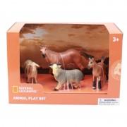 Set 4 figurine Animalute de la ferma National Geographic, 3 ani+