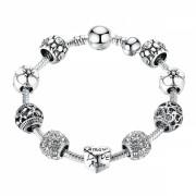 Bratara cu charms Spring din aliaj placat cu argint, cu 9 talismane si opritor, 18cm, model flori alb