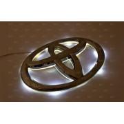 Эмблема со светодиодной подсветкой Toyota белого цвета «168x116»