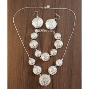 Set bijuterii doua fete placat argint elegant colier, bratara si cercei