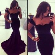 Duga crna haljina sa bretelama