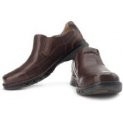 Clarks Un Step Genuine Leather Slip On Shoes For Men(Brown)