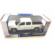 2017 Chevy Silverado 1500 Z71 Crew Cab Pick-Up Truck, White - Motor Max 79348WH - 1/24 Scale Diecast Model Toy Car