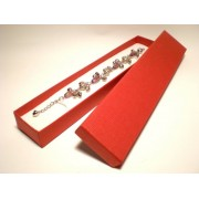 Piros színű karlánc ékszertartó doboz