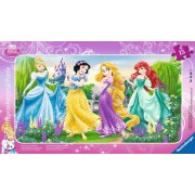 Puzzle Ravensburger - Printesele Disney La Plimbare, 15 piese (06047)