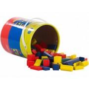 Playtastic Seau de 100 blocs de construction en bois en 4 couleurs et 6 formes