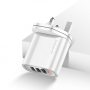 KUULAA QC3.0+PD 30W Fast Charger Travel USB Wall Charger Adapter with 3 USB Outputs and Digital Display - White / UK Plug