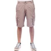 Къси панталони Onepolar