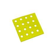 Žlutý plastový roh AT-STD, AvaTile - délka 13,7 cm, šířka 13,7 cm a výška 1,6 cm