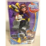 DC Super Hero Girls Blaster Action Batgirl DWH91