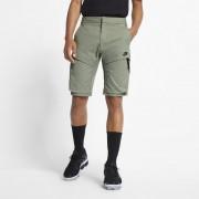 Short tissé Nike Sportswear Tech Pack pour Homme - Gris