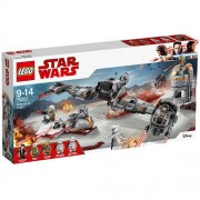 Set de constructie LEGO Star Wars Apararea Planetei Crait